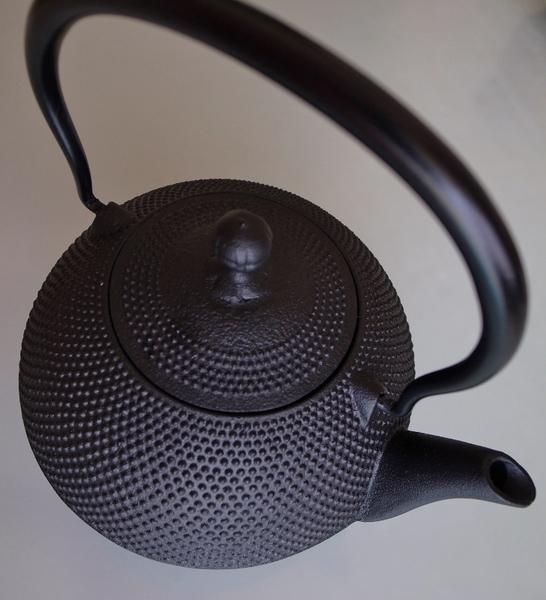 鉄瓶1 (729x800).jpg