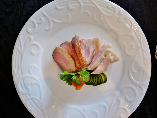 鴨と鳥の前菜 (800x600).jpg